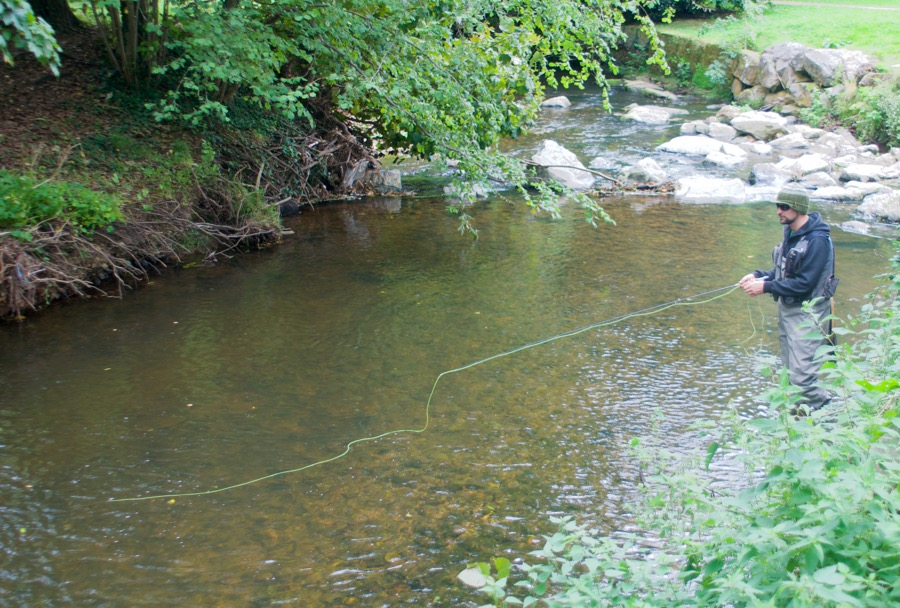 Fly fishing River Sid